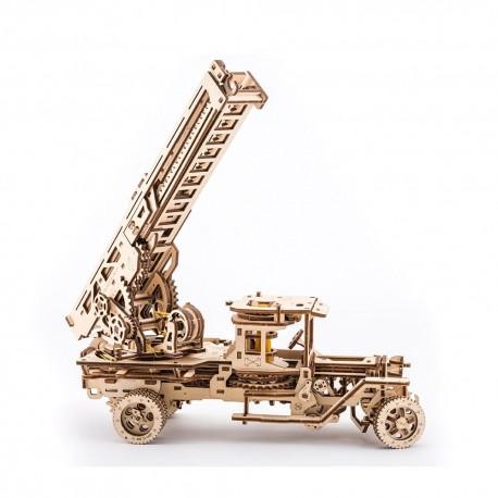 Puzzle mecanic 3D lemn Ugears Camionul de Pompieri